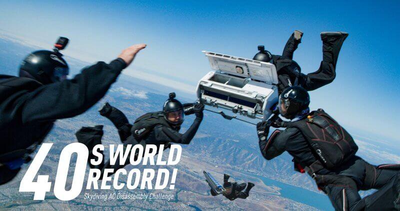 Midein tim uspješno rastavio klima uređaj All Easy Pro u 40 s za vrijeme skoka padobranom